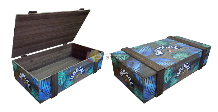 Caja Brugal merchandising red