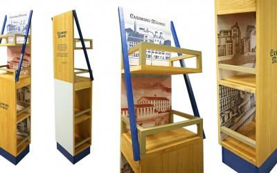 Fabricación de muebles de madera en Adornos.